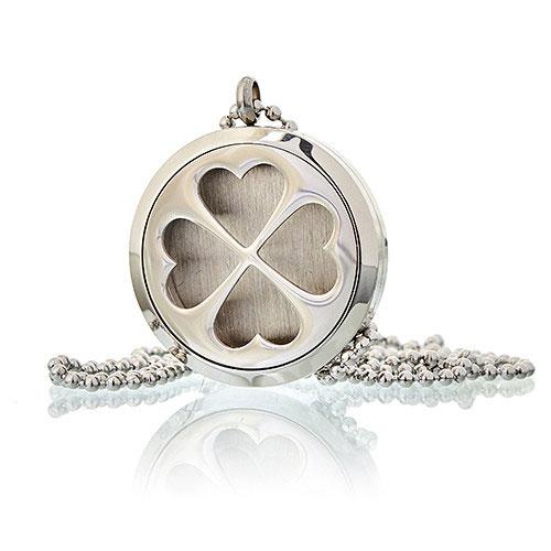 4 leaf clover locket