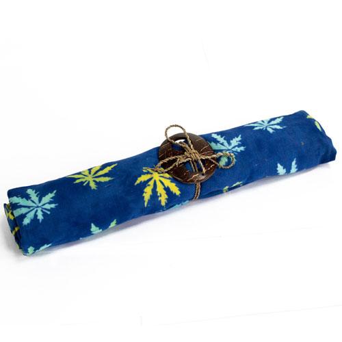 sarongs leaf 2